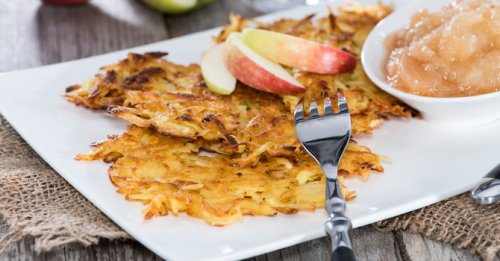 Apple & oat fritters
